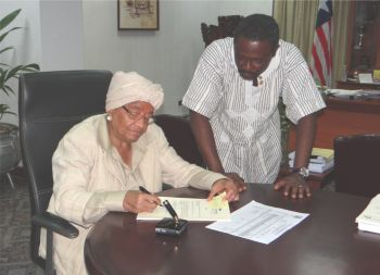 President signs Small Business Empowerment Act